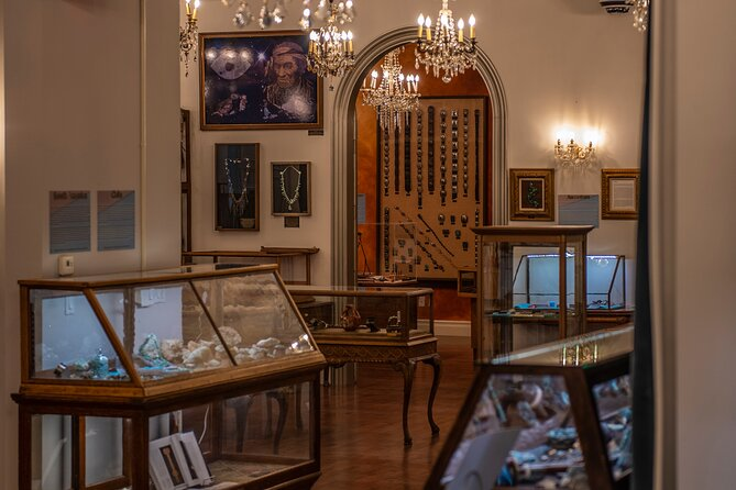 The Director's Tour in Turquoise Museum