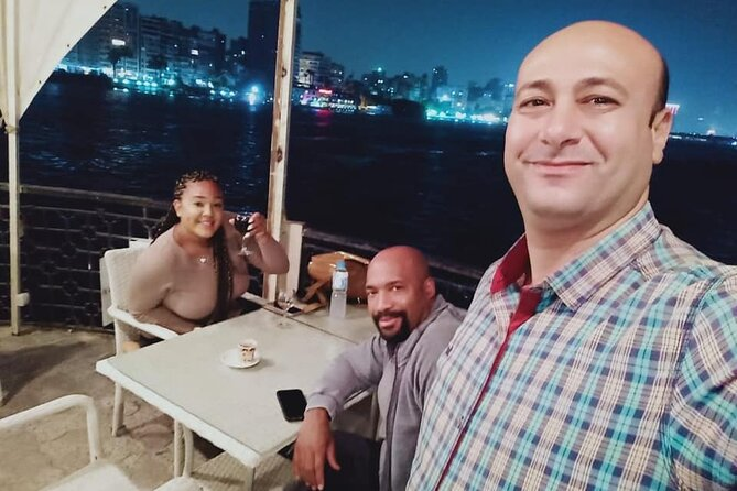 Cairo dinner show with belly dancer show on Nile river