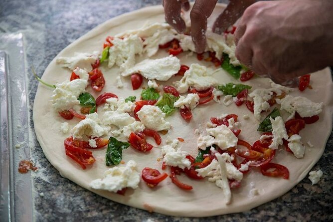 Pizza Class in Naples, pizza chef for a day.