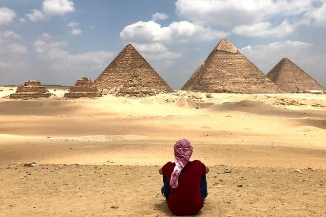 private trip to Giza Pyramids, Saqqara and Memphis with lunch