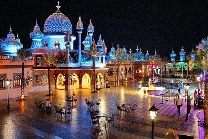 Cheap trip: from Cairo to Hurghada (Alf Leila Wa Leila+submarine)and return