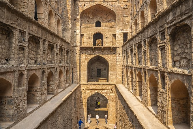 Day Excursion to Feroz Shah Kotla - Delhi