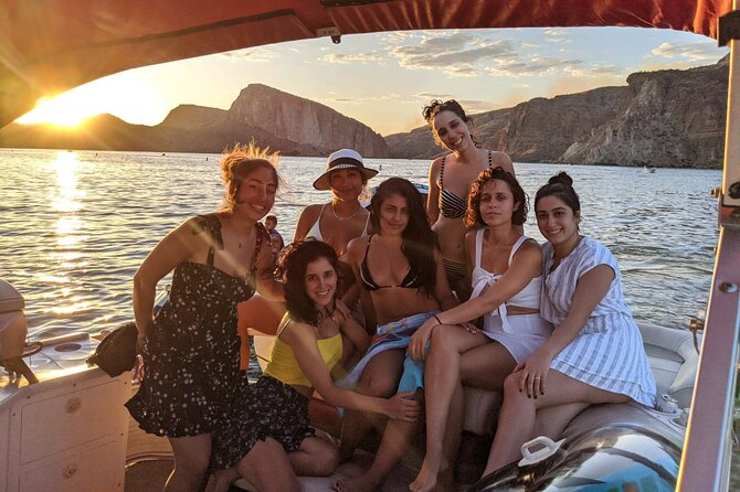 Private Chartered Party Boat with a Captain in Lake Pleasant