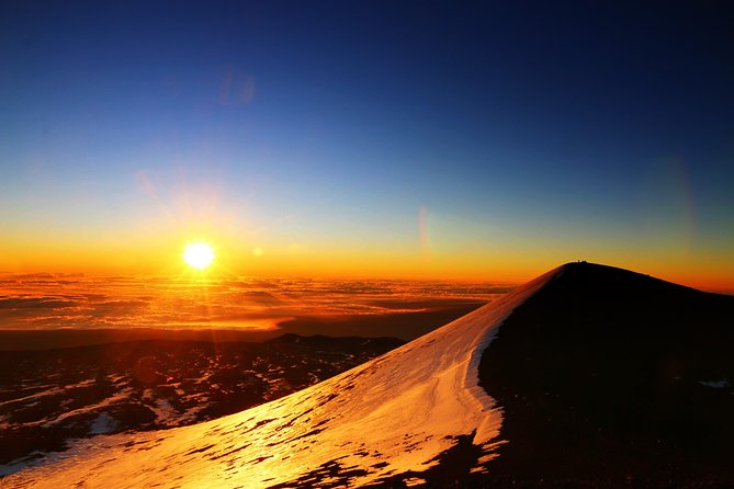 Best and Cheapest Mauna Kea Summit Tour (Free astrophotography!)