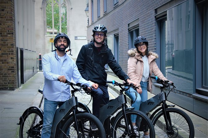 Half-Day Small-Group London Sightseeing Tour by E-Bike