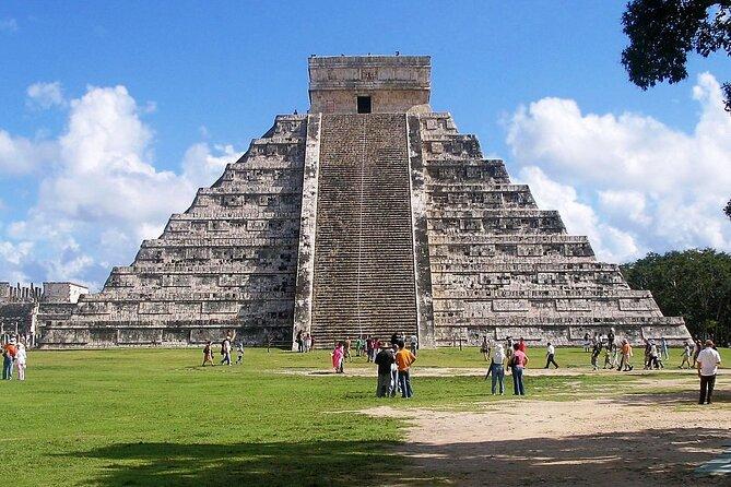 From Cancun & Riviera Maya: Early-Bird Chichen Itza, Cenote & Valladolid Tour