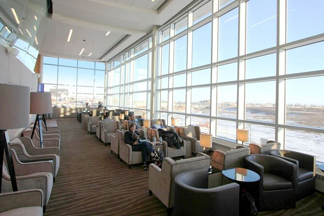 Edmonton International Airport Plaza Premium Lounge