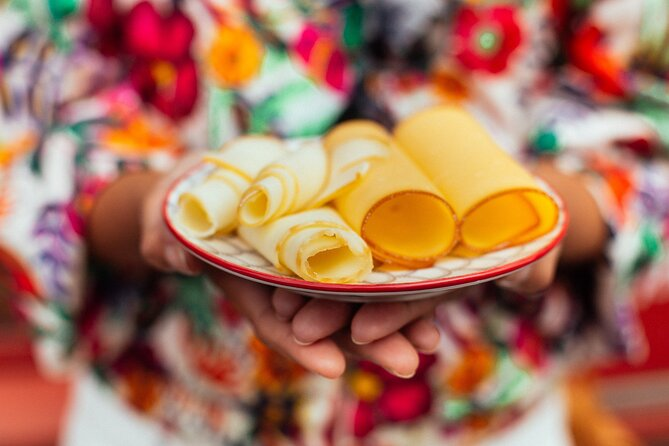 Withlocals The 10 Tastings: Prague Favorite Food Tour