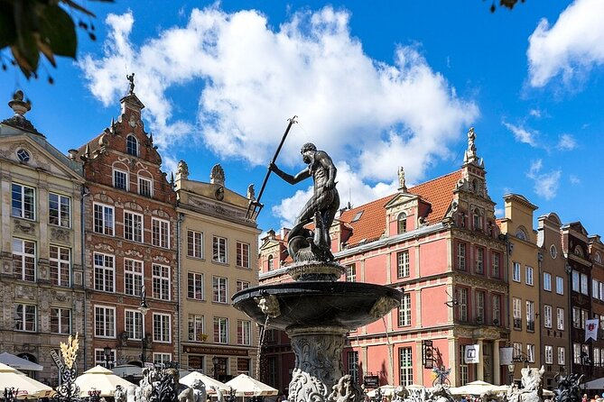 Gdansk and Malbork Castle Small Group Tour from Warsaw with Lunch