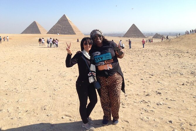 Private guided tour to Giza Pyramids Sphinx and Egyptian Museum