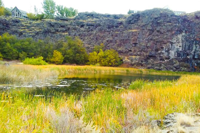 Guided Half-Day Tour to Dierkes Lake and Shoshone Falls
