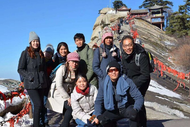 Privately Guided Tour to Mt.Hua