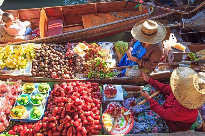 Private Discover Damnoen Floating Market, Grand Palace and Wat Pho Tour