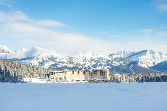 Small Group Winter Lake Louise and Yoho Snowfun 1-Day Tour from Calgary or Banff