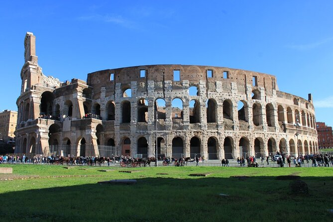 Colosseum Virtual Tour (with a true guide of Rome talking live)