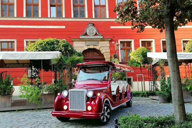 1-Hour Guided Sightseeing Tour around Wroclaw by Electric Car