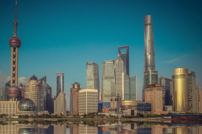The Highlights of Bustling Shanghai