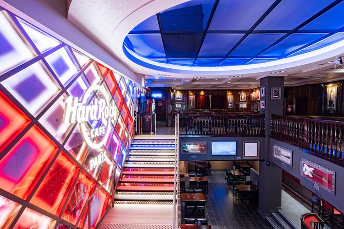 Skip the Line: Hard Rock Cafe Paris Including Meal