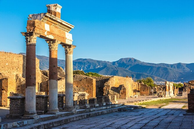 Private full day tour in Pompeii and Sorrento from Rome