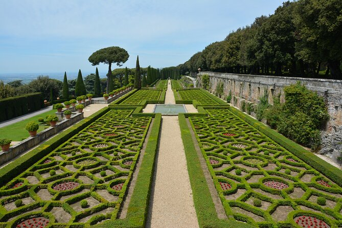 Papal Summer Residence Tour with Lunch included - Private Tour