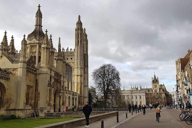Walking Tour of the Sights and Highlights of Cambridge