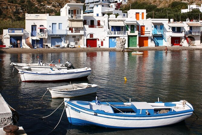 7 Day Greek Isands Hopping in Milos, Santorini, Mykonos from Athens
