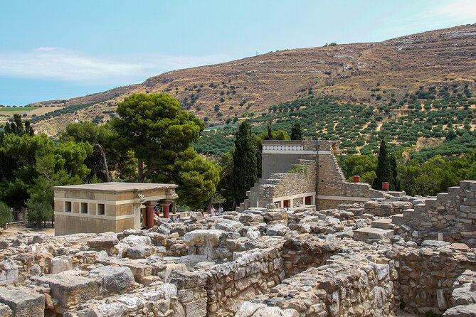 5 day tour to explore Milos, Santorini, Crete, Volcano Tour, Palace of Knossos