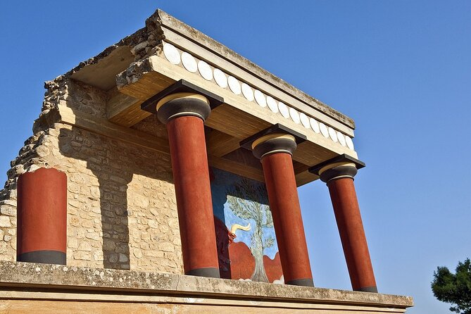 Private Tour to Palace of Knossos & Archaeological Museum of Heraklion, Crete