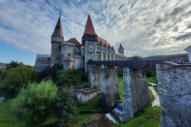 Private Tour: Corvin Castle and Alba Iulia from Sibiu