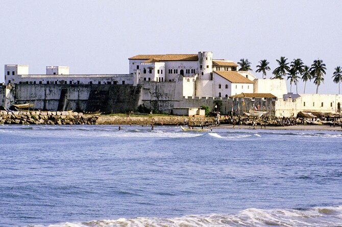Ghana Private Historic Tour through Castles and Nature