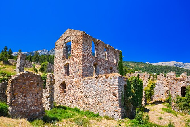 Private Day Tour to Corinth Canal and Sparta-Mystras from Athens/Pireaus