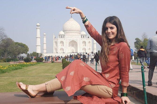 Sunrise and sunset Taj Mahal tour from Jaipur