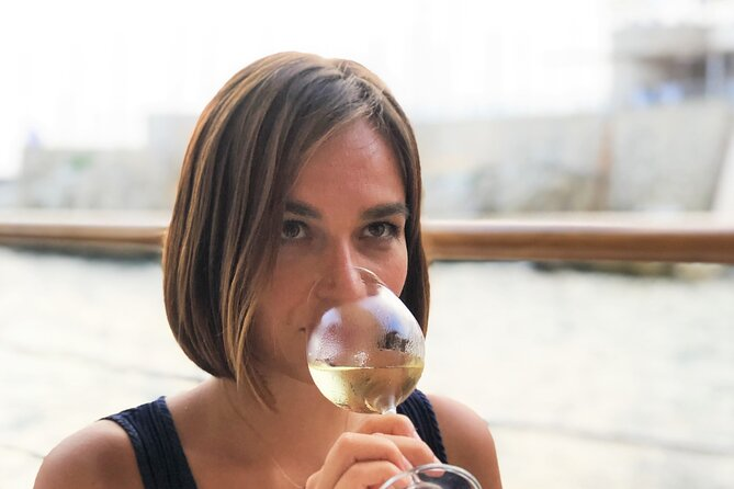 Authentic Wine Tasting Experience