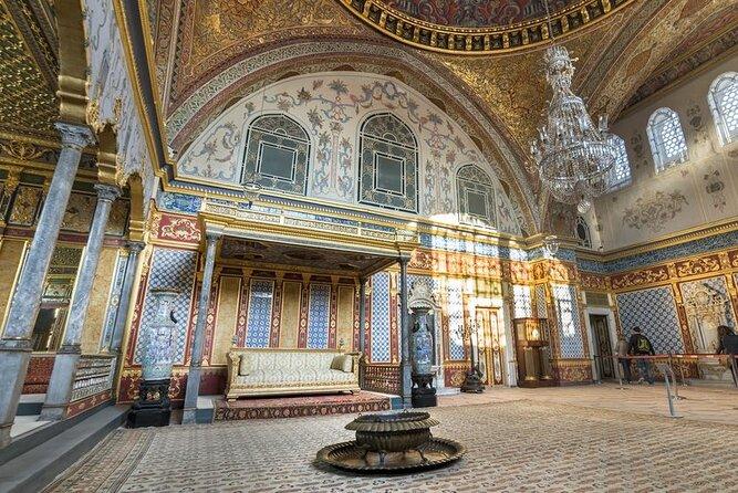 Guided Half-Day Tour to Topkapi Palace & Grand Bazaar