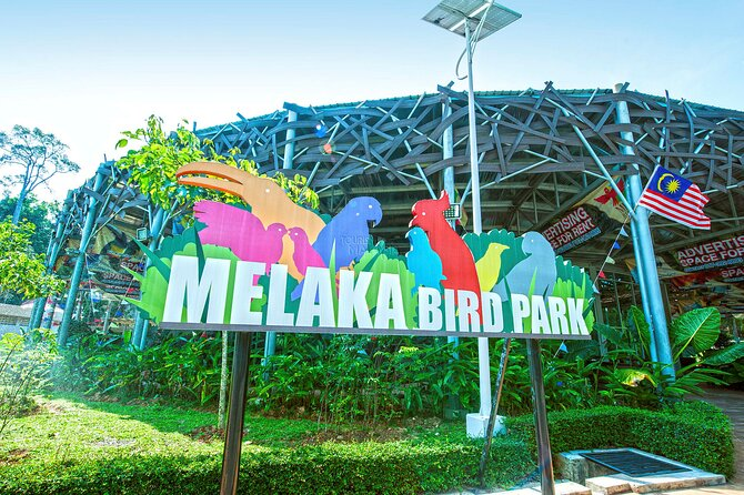 Melaka 5 Most Famous Attractions Tour with Baba Nyonya Lunch