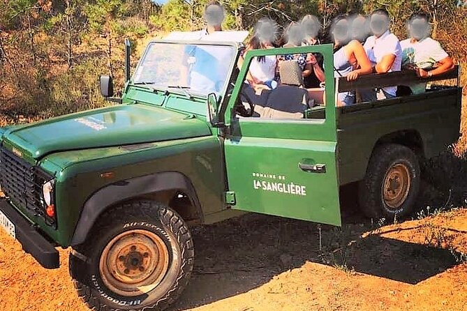 Private 4x4 ride in a wine estate followed by a tasting
