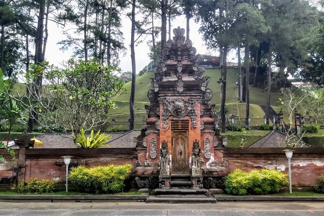 Amazing Tours-Kanto Lampo Waterfall-Jungle Swing-Rice Terrace-Tampak Siring