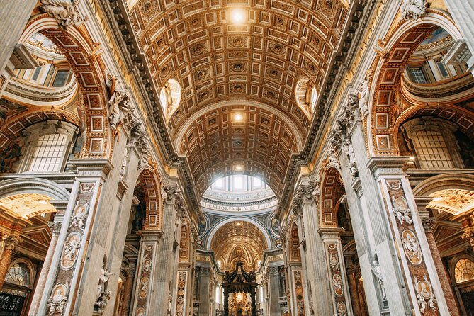 AM Small Group Vatican,Sistine Chapel & St.Peter - Skip The Line & Hotel Pick Up