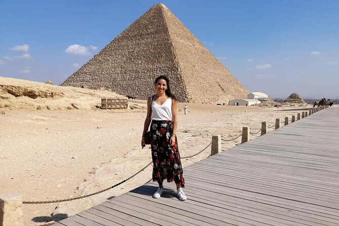Giza pyramids , sphinx with tour Gudie Egyptology &private car 4 hours day tours