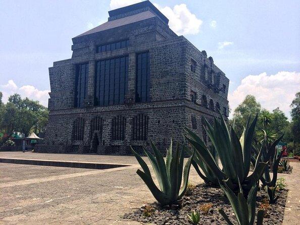 Anahuacalli Museum (Museo Anahuacalli)