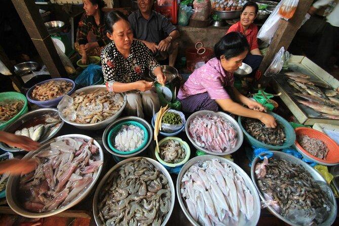 Phnom Penh Russian Market (Toul Tom Poung Market)