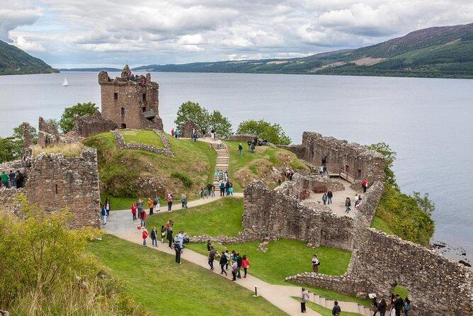 Urquhart Castle (Caisteal na Sròine)