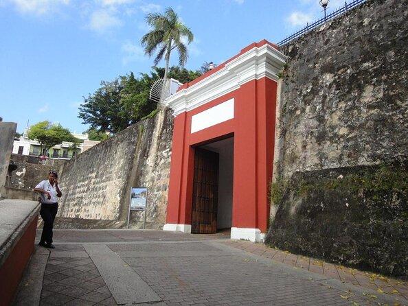 San Juan Gate (Puerta de San Juan)