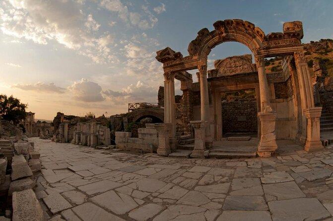 Templo de Adriano em Éfeso
