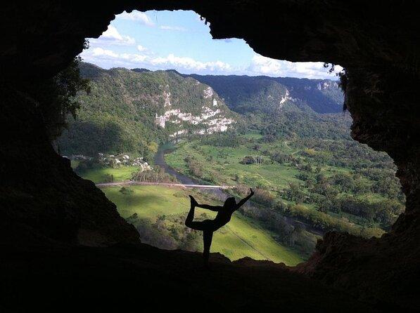 Caverna da Janela (Cueva Ventana)