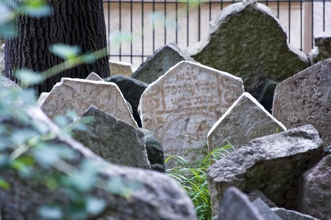 Old Jewish Cemetery (Starý Zidovský Hrbitov)
