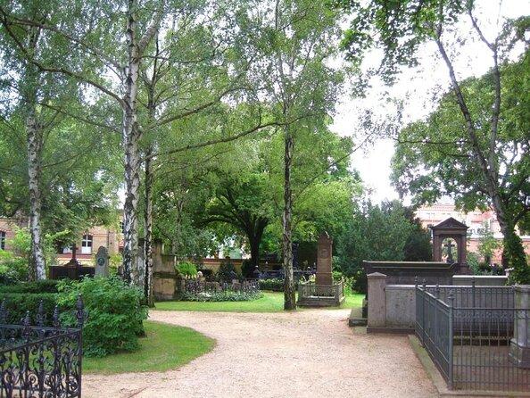 Dorotheenstadt Cemetery (Dorotheenstadtischer Friedhof)