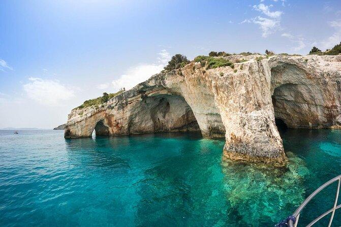 Cuevas Azules