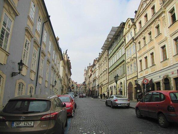 Calle Nerudova (Nerudova Ulice)