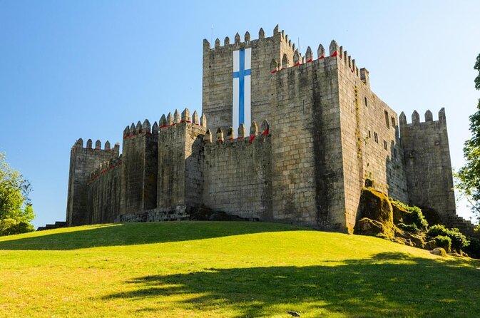 Guimarães Castle (Castelo de Guimarães)